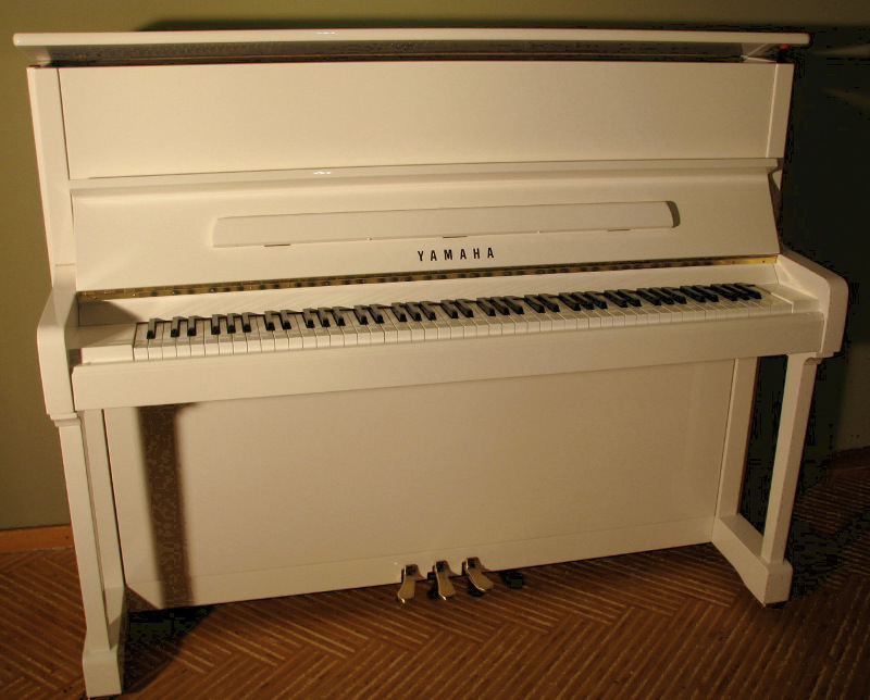 klaviere allespiano klaviere fl gel verkauf. Black Bedroom Furniture Sets. Home Design Ideas